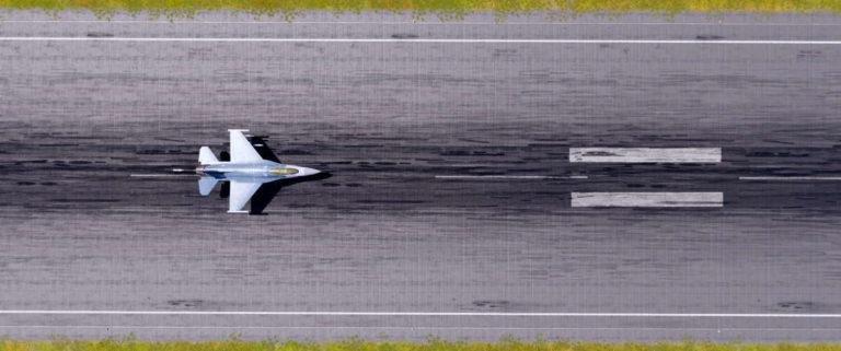 f-16 start takoff